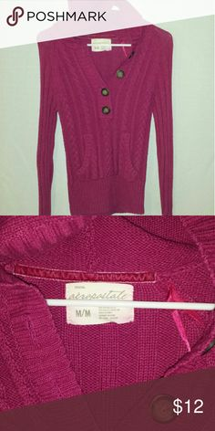 Aeropostale Sweater Gently worn Aeropostale Sweater with buttons Aeropostale Sweaters V-Necks