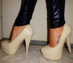 Carpe Diem foot tattoo