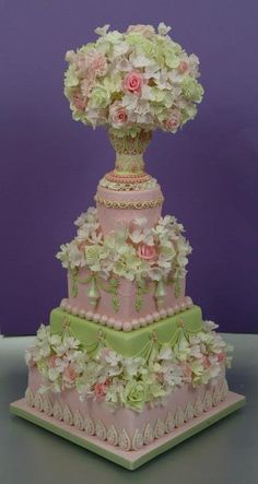 Summer Romance Wedding cake, pastillage chalice filled with subtle sugar flowers, by Osedo L Cakes Elegant Wedding Cakes, Beautiful Wedding Cakes, Gorgeous Cakes, Pretty Cakes, Amazing Cakes, It's Amazing, Floral Wedding, Unique Cakes, Creative Cakes