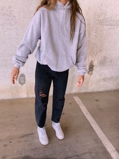 Cold Weather Outfits For School, Cute Lazy Outfits, Cute Outfits For School, Chill Outfits, Outfits For Teens, New Outfits, Trendy Outfits, Sweats Outfit, Outfit Invierno