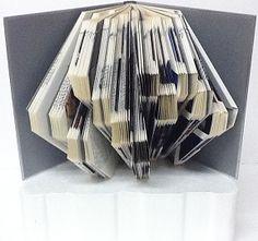 Sculpture pliage de livre (micosac.com)