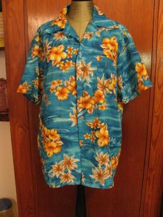 1970's Vintage Hawaiian Shirt ROYAL HAWAIIAN by TheIDconnection, $40.00