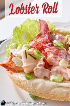 Lobster Roll Recipe - An Atlantic Canadian Favorite! Lobster Roll Recipes, Crab Recipes, My Recipes, Dessert Recipes, Cooking Recipes, Shrimp And Lobster, Wrap Sandwiches, Main Meals, Food Dishes