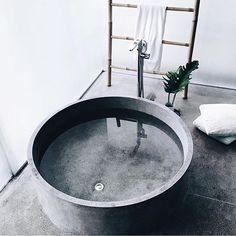 Now that's a bathtub