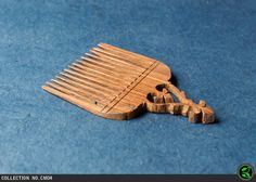 wooden-comb-carved-01