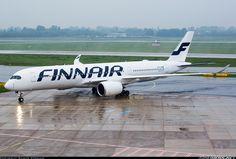 Finnair Airbus A350-941XWB (registered OH-LWA) taxiing at Düsseldorf-Lohausen, October 2015. (Photo: Rainer Spoddig)