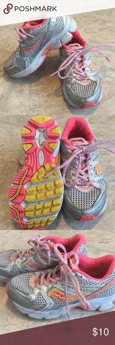 Little girls size 11 saucony athletic shoes In good used condition somewhere but they still have good tread on the bottom and they're still in good shape Saucony Shoes Sneakers