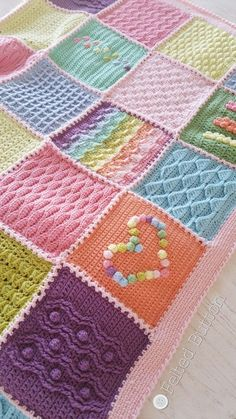 Crochet Scheepjes Last Dance on the Beach CAL 2016 by Susan Carlson of Felted Button Boating Apparel Crochet Blocks, Crochet Squares, Crochet Blanket Patterns, Crochet Granny, Baby Blanket Crochet, Crochet Motif, Crochet Designs, Knitting Patterns, Knit Crochet