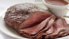 Paahtopaisti ja punaviinikastike - Yhteishyvä Formal Dinner, Eat To Live, People Eating, Pork Recipes, Dairy Free, Steak, Food And Drink, Easy Meals, Yummy Food