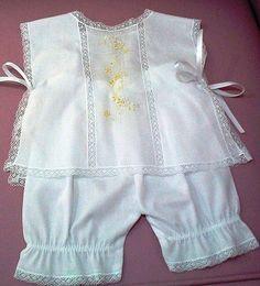 Conjunto bebê cambraia bordado à mão