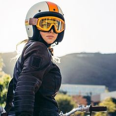 The lovely @kenzilla_wrx in the new @biltwell Flat Cream and Orange Bonanza with Overland goggles