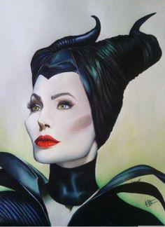 Imagen por Evan Romero HernándezSe trata de Maléfica, interpretada por Angelina Jolie, hace tiempo que vi el trailer.¿Y que mejor forma qué hacerle honor a esta actriz, que un retrato? Y así lo hice, solo espero que guste, sin más.