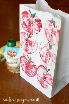 Make a festive lunch sack for back to school with apple printing!