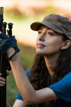 Rosita The Walking Dead, The Walking Death, Walking Dead Series, Fear The Walking Dead, Christian Serratos Walking Dead, Female Character Inspiration, Love Pictures, Tv Series, Chandler Riggs