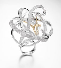 "The Daily Jewel: Russian Designer Captures ""Champion of the Champions"" IJDE Award High Jewelry, Jewelry Art, Jewelry Rings, Jewelery, Fashion Jewelry, Contemporary Jewellery, Modern Jewelry, Unique Jewelry, Jewelry Design Drawing"