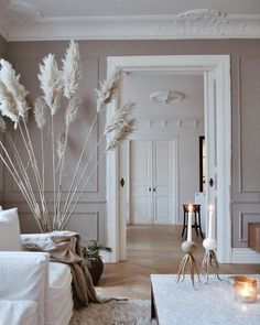 Home Interior Salas .Home Interior Salas Apartment Interior, Rugs In Living Room, Interior Design Living Room, Home And Living, Living Room Designs, Living Room Decor, Taupe Living Room, French Apartment, Interior Livingroom