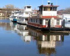 Shore Vista Boat Dock Bercy Chen Studio Shore Vista Boat Dock - Awesome floating house shore vista boat dock by bercy chen studio