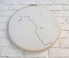 Embroidery hoop art One line drawing embroidery art Nursery art Minimalist drawing Contemporary art Beginner embroidery Gift art embroidery - Dessins Minimalistes - Embroidery Hoop Nursery, Embroidery Hoop Decor, Etsy Embroidery, Simple Embroidery, Modern Embroidery, Hand Embroidery Patterns, Embroidery Stitches, Broderie Simple, Arte Van Gogh