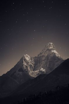 Breathtaking Nepal Photography by Anton Jankovoy