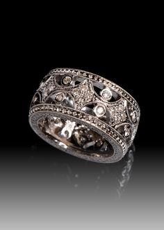 JPratt Designs: Custom Designed Black Rhodium plated platinum and diamond ladies band