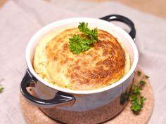 Soufflé au fromage - Recette de cuisine Marmiton : une recette