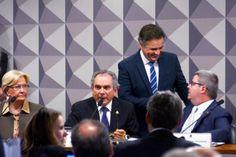 PORTAL JORGE GONDIM: POLÍTICA - Senadores de diversos partidos defendem...Aécio Neves (PSDB/MG), o Senado Federal estará extremamente bem representado com a escolha do senador mineiro para a relatoria dos trabalhos na comissão.