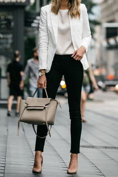 Check latest office & work outfits ideas for women, office outfits women young p. - - Check latest office & work outfits ideas for women, office outfits women young professional business casual & office wear women work outfits business . Classy Business Outfits, Business Outfit Frau, Trajes Business Casual, Casual Work Outfits, Work Casual, Stylish Outfits, Women's Casual, Autumn Casual, Business Formal Women