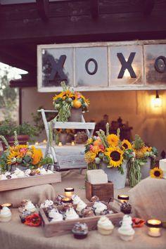 DIY Backyard Wedding - Taylor & Scott - The Bride's Cafe