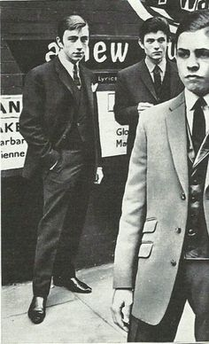 Before being a glam rock icon, Marc Feld aka Marc Bolan was a Mod Mod Fashion, 1960s Fashion, Vintage Fashion, Sporty Fashion, Style Année 60, 1960s Style, Mods Style, Mod Suits, Marc Bolan