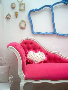 i have always wanted a fainting couch. Little Girl Beds, Fainting Couch, Furniture Making, Living Room Furniture, Home Furniture, Studio Furniture, Ottoman Stool, Woman Cave, Bed Design
