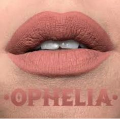 "KVD everlasting in ""Ophelia"""