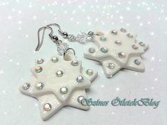 Snowflakes earrings DIY Jewelry Crafts, Jewelry Ideas, Winter Things, Beaded Earrings, Snowflakes, Christmas Ideas, Jewlery, Diys, Crafting