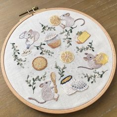 Embroidery On Clothes, Cute Embroidery, Cross Stitch Embroidery, Embroidery Patterns, Cross Stitch Patterns, Sewing Crafts, Sewing Projects, Needlework, Couture
