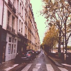 Rain or shine, we love walking the streets of Paris. Photo courtesy of katherinebetts on Instagram.
