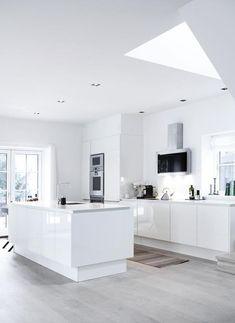 faszinierendes Design in Weiß für die Küche