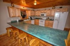 Spacious kitchen at Bear Britches Lodge in Pigeon Forge