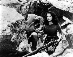 Lex Barker & Rita Moreno (The Deerslayer / Kurt Neumann / Photo Century Fox Film Corporation. Rita Moreno, Westerns, Pierre Brice, Hollywood, Couple, Cowboys, Nativity, Arms, Actors