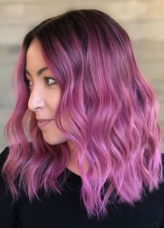 Stylish 46 Unique Hair Color Trends Ideas For Your Inspirations In This Fall Teen Hair Colors, Vivid Hair Color, Hair Color Shades, Hair Color Pink, Cool Hair Color, Unique Hair Color, Pink Hair Streaks, Dark Pink Hair, Blonde Hair