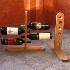 32 ideas for wine crate furniture glass holders Wooden Wine Holder, Rustic Wine Racks, Wine Bottle Display, Wine Bottle Holders, Glass Holders, Wine Rack Storage, Wine Rack Wall, Wood Projects That Sell, Diy Wood Projects