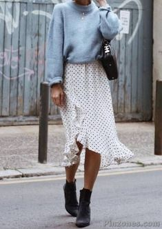 30 Lovely Fall Outfits for Women - PinZones Next Clothes, Clothes For Women, Types Of Jeans, Trending Today, Lace Cardigan, Simple Shirts, Long Scarf, Wearing Black, Black Leggings