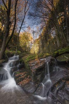 Cascade des Darots - Photography by Pascal Bobillon http://ift.tt/1rdXUdp #waterfall #nature #aut