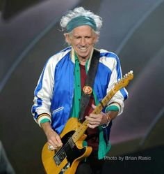 HE KEEPS ON ROCKING AFTER 50 YRS AMAZING  Oslo, Norway 2014