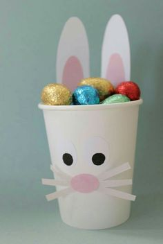 This yummy easter treat is very easy to make! Yum yum yum