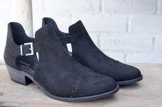 Black Detail Booties. Fall Fashion shopblvd22.com