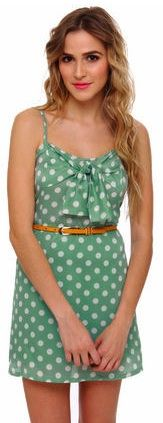 Presh polka dots are so sweet in this flirty dress..