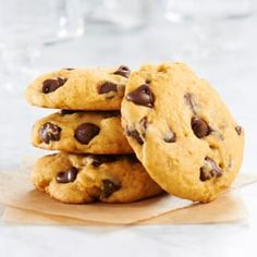 You'll love to have Old-Fashioned Peanut Butter Chocolate Chip Cookies on hand to serve at any occasion. These will become a favorite of all.