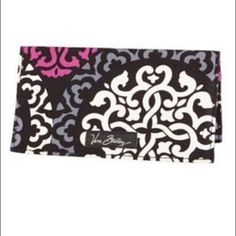 {Checkbook Cover} Like New • 2 Pockets (One on the Top & One on the Bottom) • Print: Canterberry Magenta Vera Bradley Bags Wallets