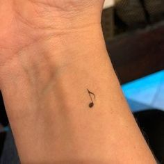 Small Music Tattoos, Tatoo Music, Small Girly Tattoos, Cute Little Tattoos, Tiny Tattoos For Girls, Fake Tattoos, Mini Tattoos, Classy Tattoos For Women, Tatoos