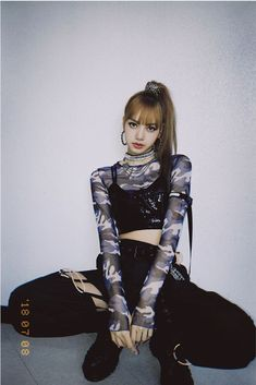 Cr: lalalalisa_m Lisa from Blackpink Stage Outfits, Kpop Outfits, Cute Outfits, Lisa Black Pink, Black Pink Kpop, Blackpink Fashion, Korean Fashion, Fashion Outfits, Blackpink Lisa
