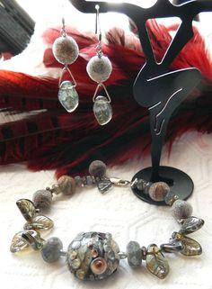 NWOT One of a Kind Sterling Lampwork Labradorite Lucite & Pearl Bracelet…